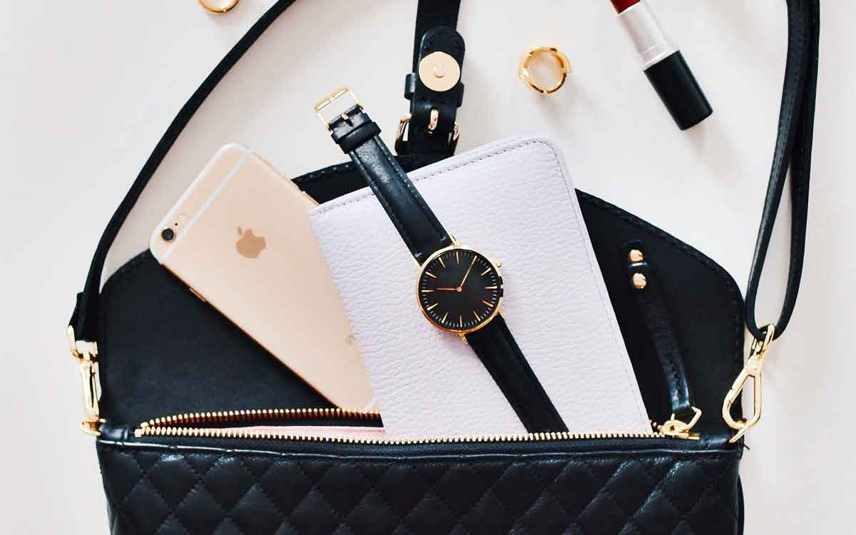Leather Vs Fabric Watch Straps: Which One Is Best?